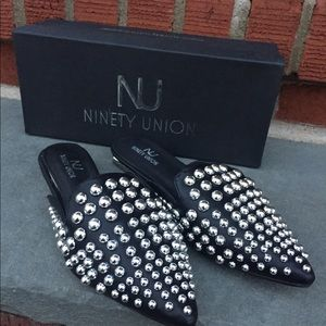 Shoes - Studded Flat